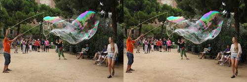Barcelona%20busker%27s%20bubble.jpg